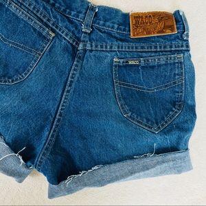 Vintage Shorts - 🌺 VINTAGE HIGHWAISTED DENIM SHORTS 🌺